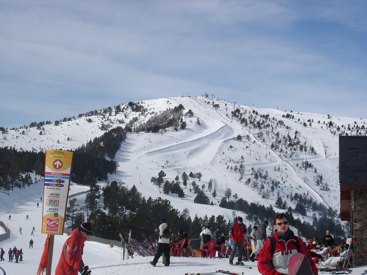 Вид на гору Pic del Cubil (2358 м) Сектор Пал